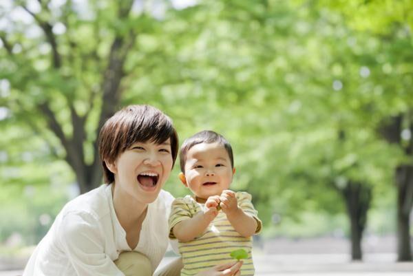 発達障害と向き合う努力と母親の愛情が、いま栗原類さんを輝かせている 【新著レビュー】の画像