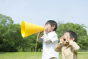 人の会話に割り込むのは「衝動性」が原因?でも6歳の息子の場合は…