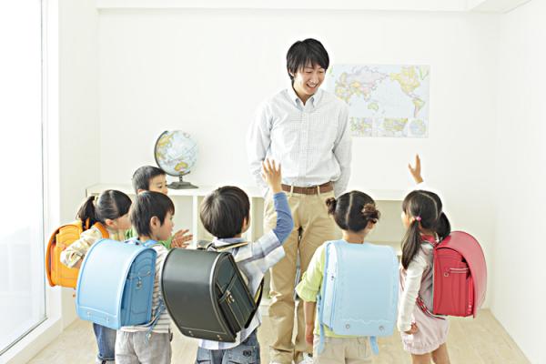 児童発達支援管理責任者って?実務経験って何を指す?なるための要件、研修の申し込み、注意点についての画像