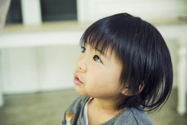カナー症候群(カナー型自閉症)とは?アスペルガーとの違い、症状、年齢別の特徴、子育て・療育法を紹介!の画像