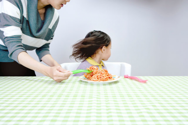 毎日カップ麺や冷凍食品。悩みながらも手を打てなかった娘の偏食に今変化の兆しが表れて…!の画像