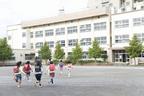 入学を遅らせる「就学猶予」で困難は解決する?自閉症の子どもにとって最適な選択を考えるために…
