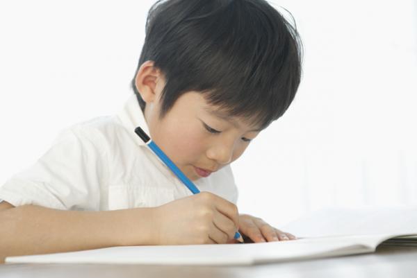 「ことばの教室」とは?どうやって言葉を引き出すの?現役教師が語る、言葉の育ちの背景にある大切なことの画像