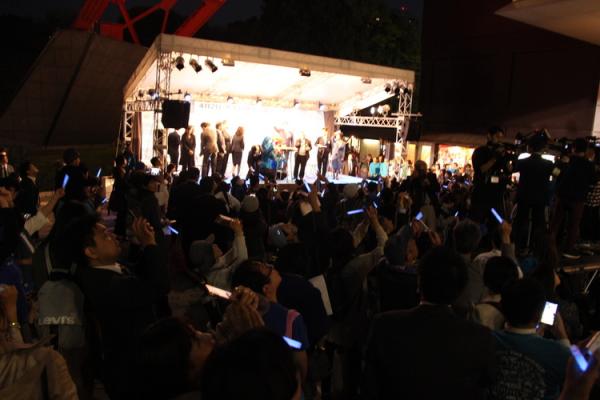 【世界自閉症啓発デーレポート】体験ブースにステージも!「東京タワーブルーライトアップイベント」の画像