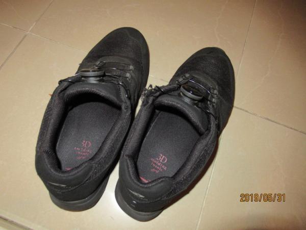 自閉症の息子、こだわりの靴を「もう履けない」。自分から卒業できた理由とは…の画像