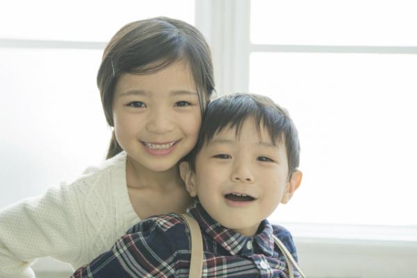 【アスペルガー症候群】0歳から成人期まで、年齢別の特徴や症状の現れ方を解説しますの画像