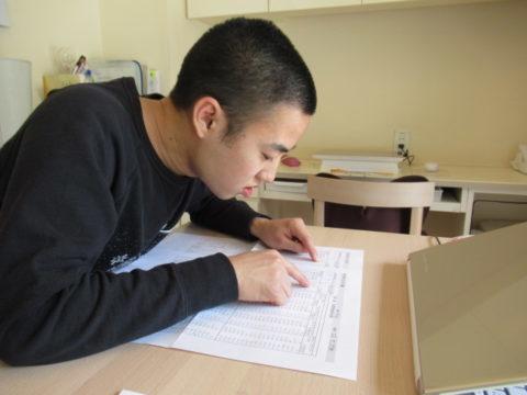 「僕だってすぐ就職したい!」就労移行支援に通う自閉症息子、卒業していく仲間をみて。訓練の大切さを伝える母の思いは…の画像
