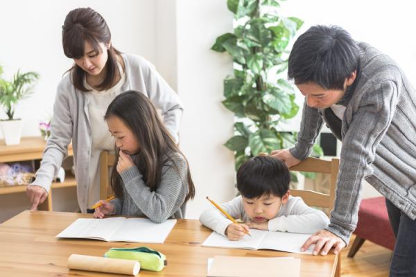 なかなか進まない家庭学習を、楽々かあさん流3つのコツでスムーズに!?子ども目線で取り入れる簡単アイディアとはの画像