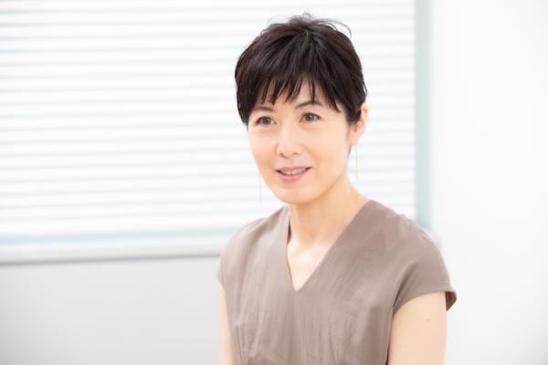 【小島慶子さん取材】「助けて」が言えなかった子ども時代。天職との出合いや、41歳で発達障害と分かるまでの苦悩もの画像