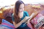 人生の参考書に!すべての20代女子が読むべきマンガ、本・4冊