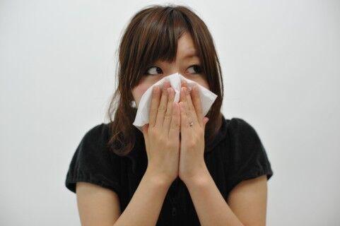 花粉シーズン到来!鼻のかみ方に出る性格
