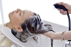 美髪アドバイザーが解説!友達には相談できない「シャンプー時の抜け毛」