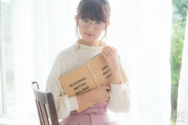 眼鏡女子だけの特権!男子が「眼鏡をかけている女子にされたい仕草」・5つ