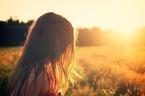 好き「過ぎる」は恋の毒?カップルが陥りやすい「愛情過多」のパターンと避け方