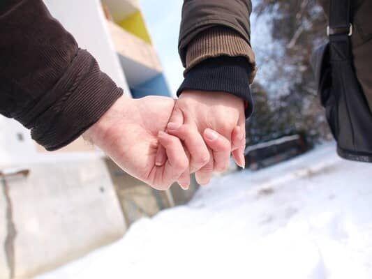 恋に発展する!「一途そうだな...」と男子が思う女子の特徴