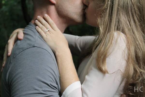 愛情が入っていないキスの4つの特徴