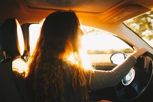 ドライブデートで男の本性を見抜くポイント4選