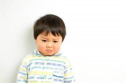 人見知りが激しい子を「保育園に預ける際にやってはいけない」3つのNG行動