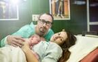 そこは撮っちゃダメ~!立ち合い出産の「ビデオ撮影」でパパがやってはいけないNG行動とは?