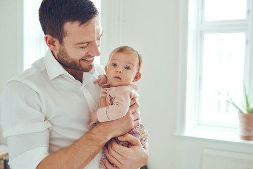 父親としての自覚がなさすぎる…。妊娠後、妻が夫に「自覚を芽生えさせるコツ」4つ
