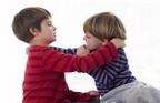 「うちの子が噛まれた!」親はどう声をかけてあげるべき?元保育園園長が解説