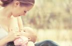 人前で「おっぱいポロリ」…外での授乳はどこまで許される?