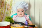 ママ、知ってる?主食、主菜、副菜のバランスの良い「離乳食の三原則」