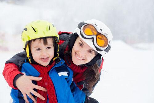 デビューは何歳がイイ?「子連れスキー旅行を楽しむ」7つの掟