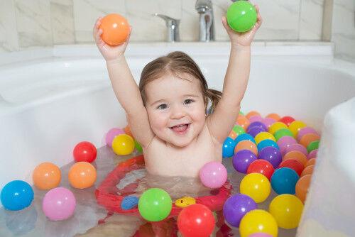 つかまり立ち期の赤ちゃんを攻略!「スムーズな入浴法」3ステップ