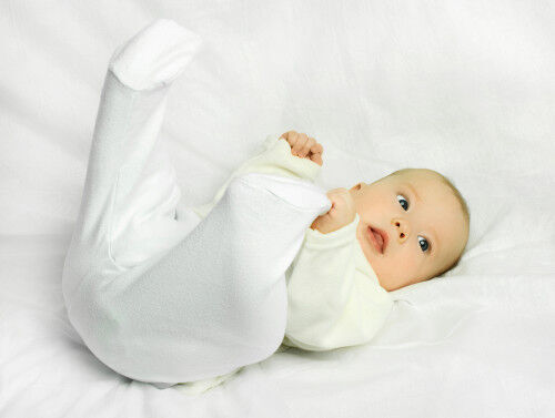 今のうちに見てあげて!赤ちゃん期限定の「原始反射」チェック方法