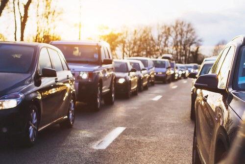高速道路でのトラブル!知っておくと便利な「もしも」の時の対処法