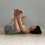 妊娠後期に起こりやすい「マイナートラブル」と腰痛改善ポーズ