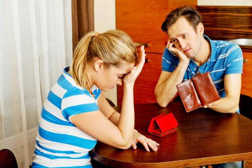 気づいたら「育児貧乏」に…!? 無駄遣い夫婦の特徴と対策3つ