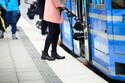 乗客の足にぶつけたことあります…電車・バス乗車時に好まれるベビーカーとは