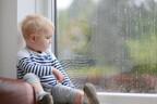 事故の7割は家で発生!「梅雨のお家遊び」での注意点7つ【3歳児神話#14】