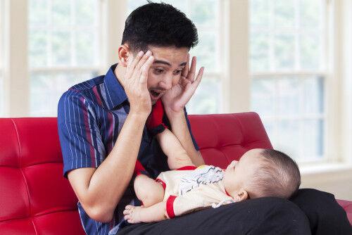 【生後3ヶ月~】赤ちゃんが大好きな「パパママ百面相」のススメ
