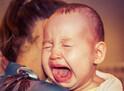 【生後3~6ケ月】急に「人見知りでギャン泣き」!プロはどう対処する?