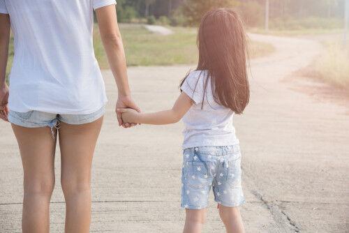 将来いじめの対象に…!?「イヤ」と言えない優しい子への対策4つ