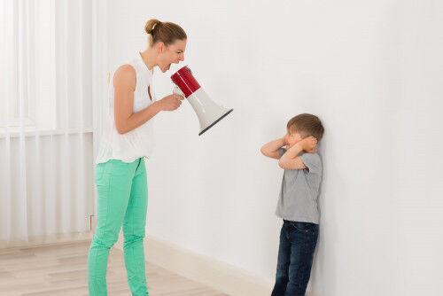 子どもに怒りをぶつける前に!思い出したい「3つの質問」