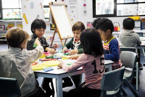 きょうだいの教育費…何歳差の負担が大きい?年齢差別にチェック!
