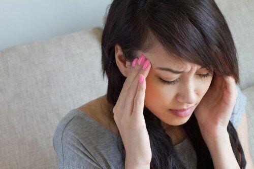 つわりだけじゃない!妊娠初期の「頭痛」の種類と対処法