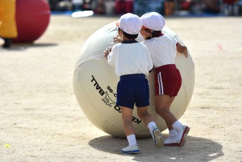 保育園の運動会、どうやって時期とプログラムを決めるの?