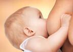 8月1日は「世界母乳の日」!生後1時間以内の授乳で生存率が3倍に…!?