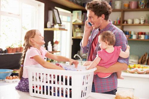 児童虐待件数が過去最高に…!ママのストレスを減らすキーは「パパの家事手伝い」