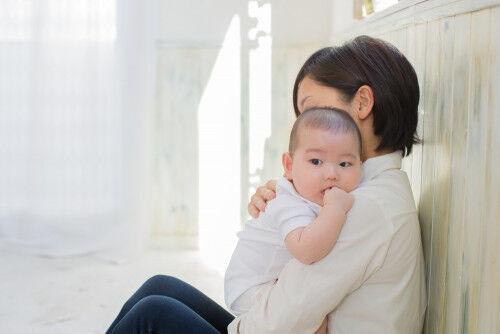 【現役助産師に聞く】育児の不安を感じやすい人の共通点って?