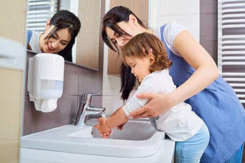 手洗いうがいで満足しちゃダメ!家の中で「ウイルスが潜みやすい場所」とは…