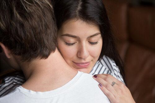 夫に「好きオーラ」を出しすぎると危ない理由4つ【勘ちがい妻#09】