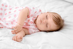 夜泣き・眠りが浅い…「ベビー布団」の選び方で変えられる?