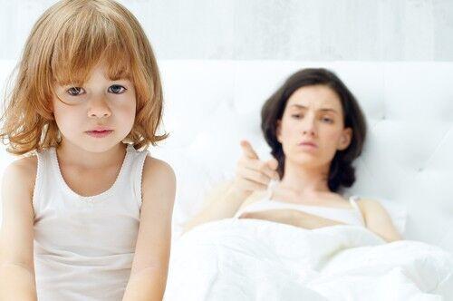 もう勝手にして!「ママの突き放し言葉」にみるタイプ別子どもへの心理的悪影響