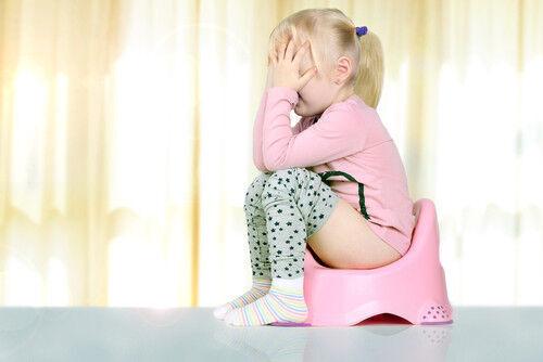 【2歳イヤイヤ期】トイレに自分から行きたくなる3つのポイントは?